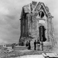 Anno  1902 – Vecchio Monumento