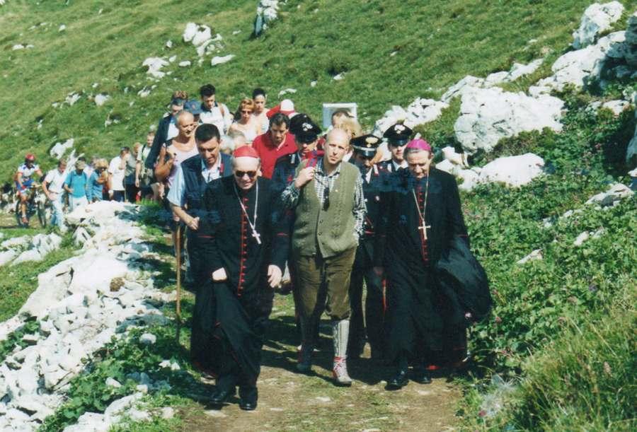 In processione verso il Monumento